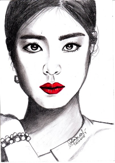 Shin Se Kyung. The original photo was fierce and glamour, and I really love the red lips.