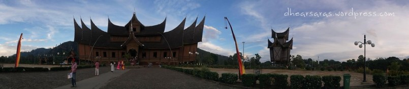 Panoramic view of Pagaruyung Palace.
