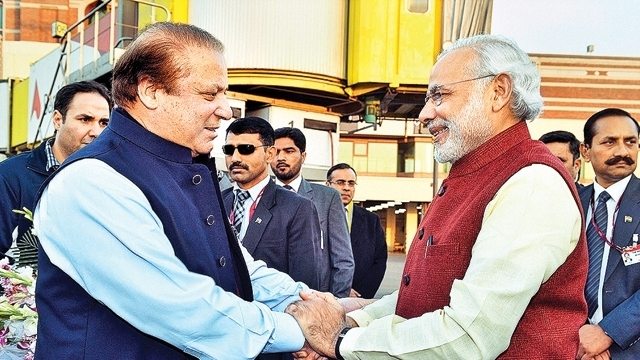 PM Modi wishes Sharif for open heart surgery