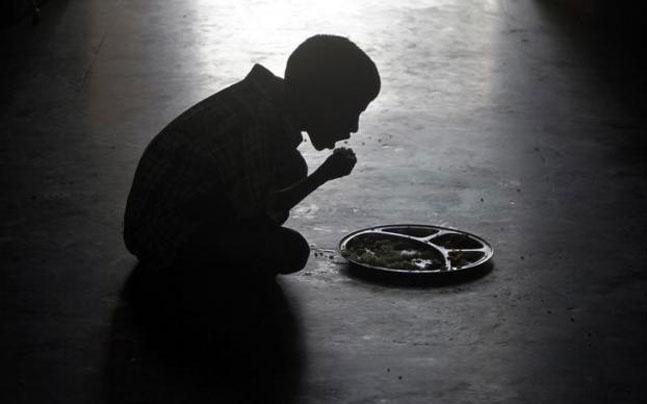 பசியால் வாடும் மக்கள் வசிக்கும் நாடுகளின் பட்டியலில் டாப் 100 ல் இந்தியா