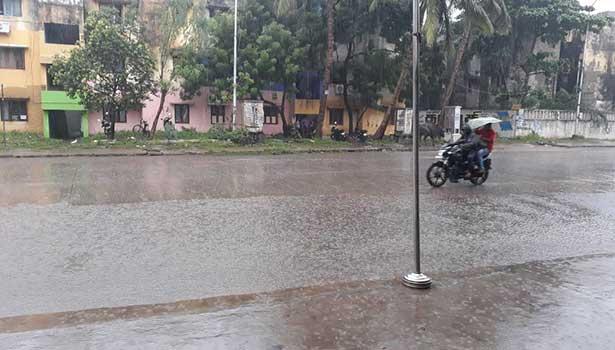 கேரளாவில் கனமழை: 6 மாவட்டங்களுக்கு  'ரெட் அலெர்ட்'