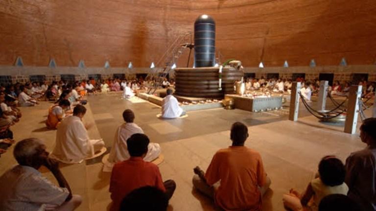 சர்வதேச யோகா தினம்- 16 சிறைகளில் கைதிகளுக்கு யோகா பயிற்சி கற்றுக்கொடுக்கும் ஈஷா