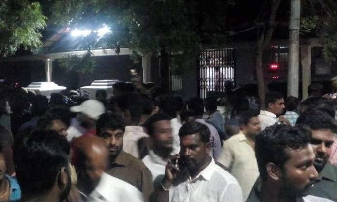 gopalapuram house gate1 - 2