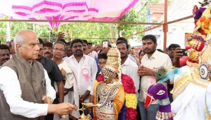 கூடுவாஞ்சேரி கோயிலில் ஆளுநர் விநாயகர் சதுர்த்தி வழிபாடு