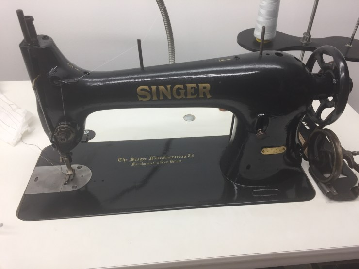 "Singer 4040 Sewing Machin""Service Beyond Your Expectations"" When Magnificent Dave's Sewing Machine Repairs"