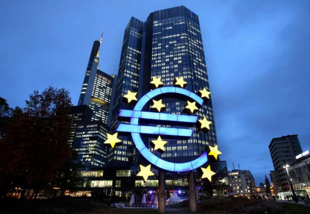 Šokujúce priznania globálnej finančnej elity svedčia o začínajúcich problémoch centrálnych bánk