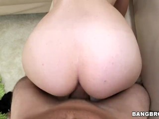 New amateur pussy came by to fuck