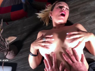 QUEEN ANN FUCK A FANBOY FOR THE FIRST TIME AND THIS SLUT LIKE IT !