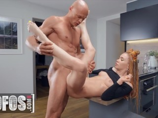 MOFOS – Naughty Babe Mia Bandini Getting Her Ass Pounded