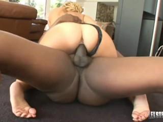 Huge Titty Blonde Velicity Von Oils Herself Up Before Getting Lex Steele!