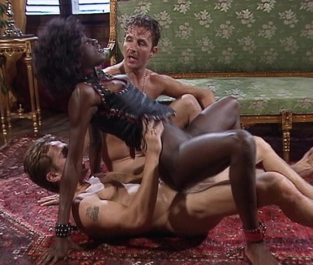 Hot Black Chick Fucks  White Guys At Once Video Porno Gratis Youporn