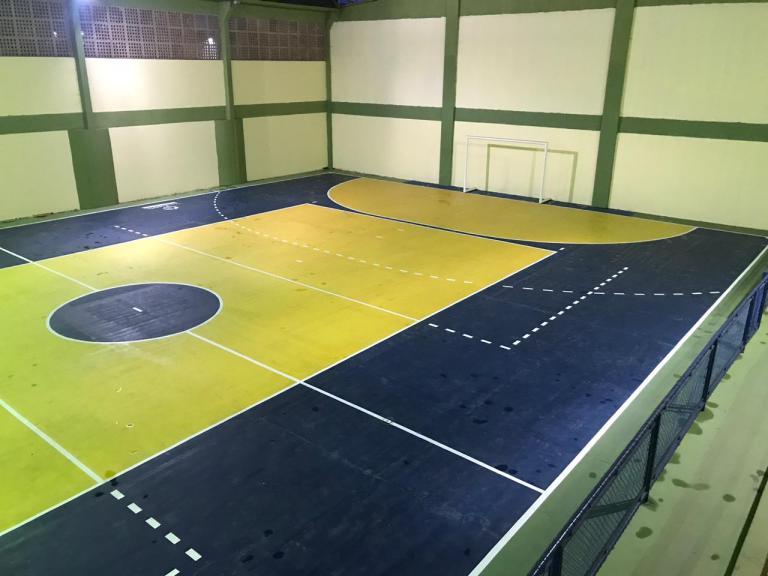 Cachoeiro: ginásio em Aquidaban ganha nova pintura, iluminação e calçada