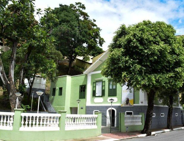 Centros culturais de Cachoeiro homenageiam Rubem Braga