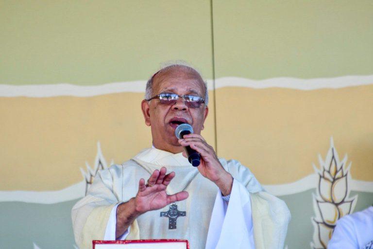Arcebispo critica antecipação de feriados sem antes conversar com os católicos
