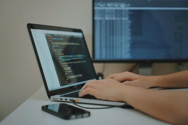 Senac lança 5 cursos de graduação à distância com foco em TI