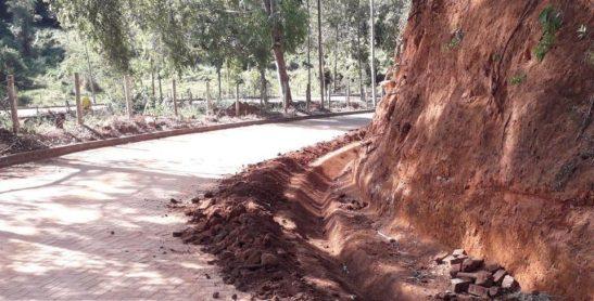 Rodovias do Caparaó recebem obras de pavimentação e conservação