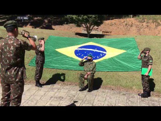 Ex-combatente Camilo Cola é homenageado pelo Exército