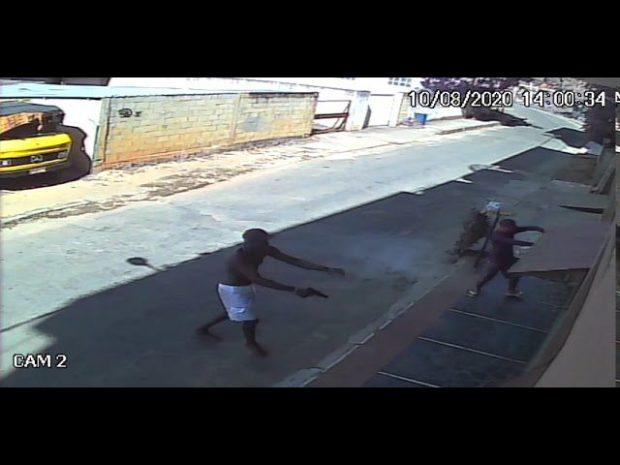 Bandidos roubam picape de eletricista e são presos em Cachoeiro