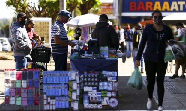 Consumidor deve ter cautela para evitar problemas com compras de Natal