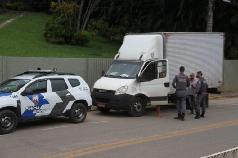 Ladrões roubam caminhão com remédio contra câncer em Mimoso