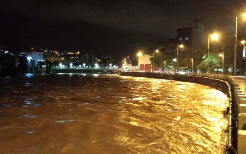 Foto do Rio Itapemirim cheio