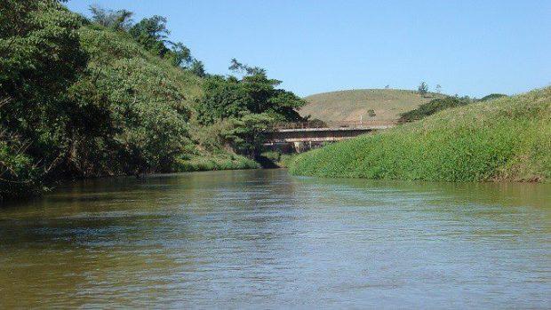 Agerh emite Outorgas de Uso da Água para agricultores da bacia do rio Itabapoana