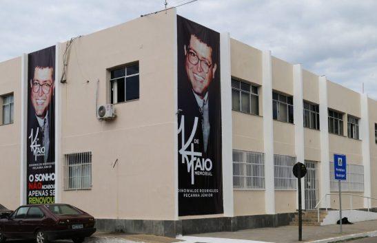 Itapemirim homenageia ex-prefeito Dinowalde Júnior, morto há 22 anos