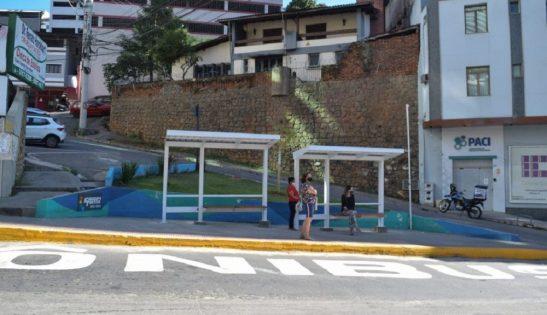 Novos pontos de ônibus são instalados em Cachoeiro