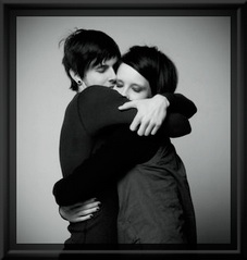 hug_1