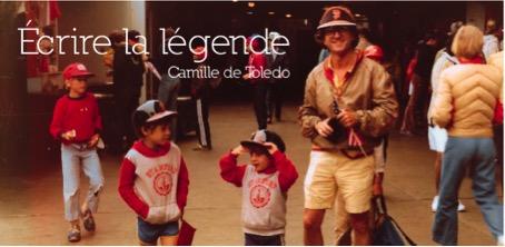 Écrire la légende : Hier, j'ai rouvert ces cartons pleins d'images, par Camille de Toledo
