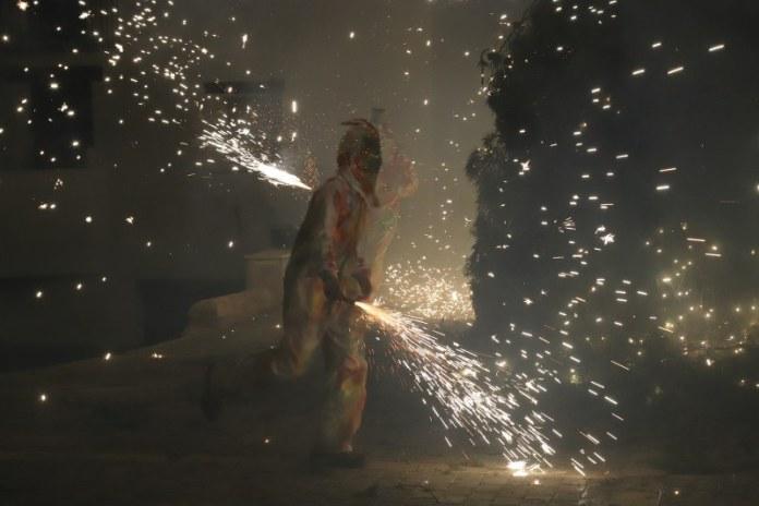 Foc, diversió i devoció per Sant Antoni