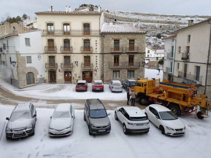 La neu arriba a Ares