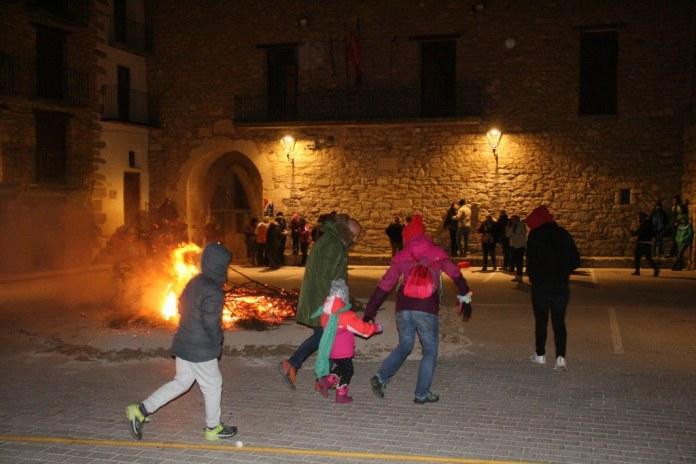 Germanor i tradició per Sant Antoni en Ares