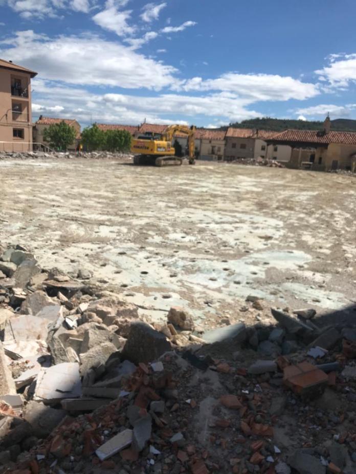 Demolición Pabellón Cantavieja