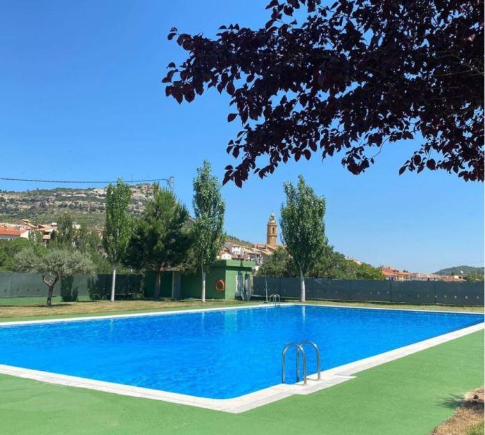 La comarca dels Ports ha obert gairebé totes les seues piscines. En imatge, la piscina de Forcall