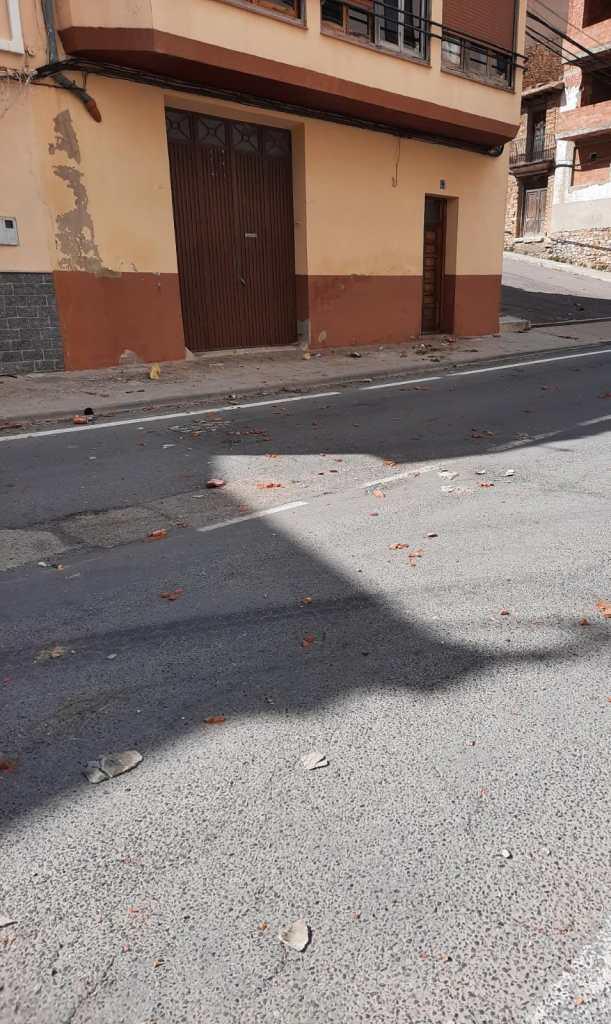 Desperfectes provocats per un tornado a l'Avinguda Castelló de Vilafranca