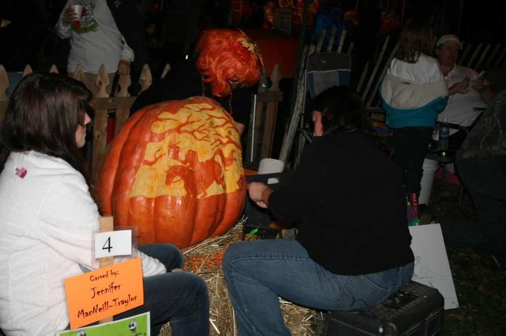Chadds Ford Great Pumpkin Carve event (4/6)