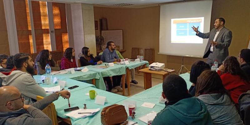 بالتعاون مع مؤسسة MERL للتدريب دياكونيا للتنمية يسعي لتنشئة جيل جديد من الشباب.