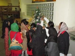 Nadal desembre 2013 arbre alumnes estrelles