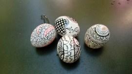quatre ous