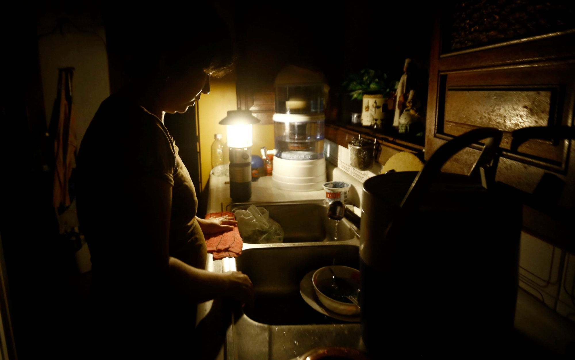 Venezuela S Electricity Emergency Swallows Up Tens Of