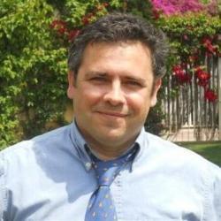 César Alcácer Santos