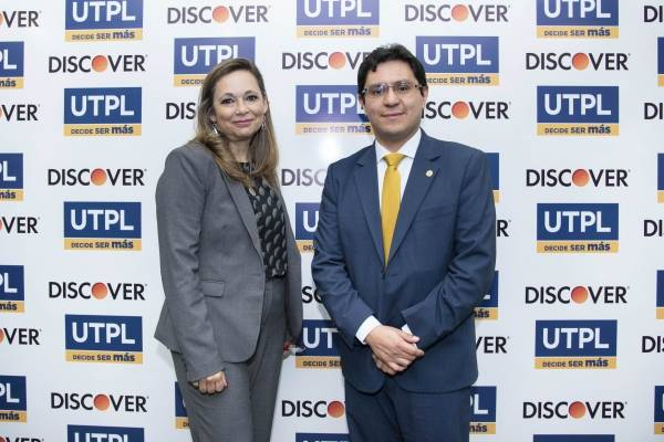 UTPL firma alianza con Diners Club del Ecuador