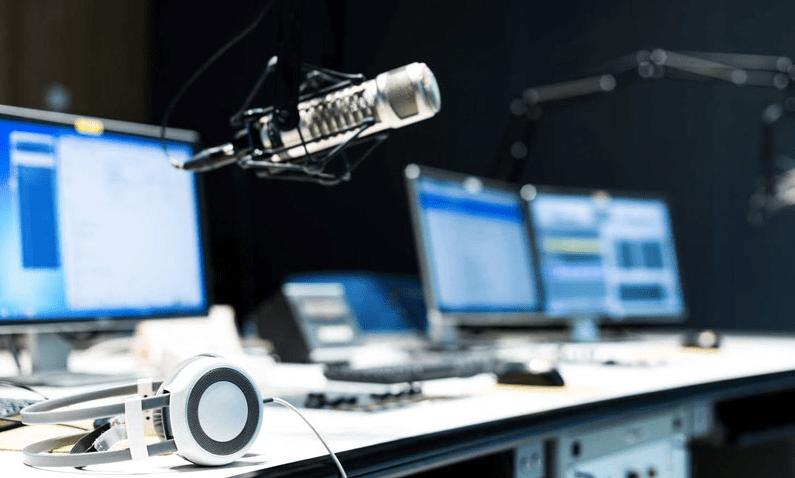 El podcast, la radio reinventada une a siete países en un coloquio