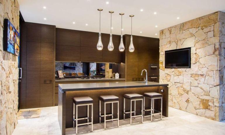 Timber Veneer Kitchen