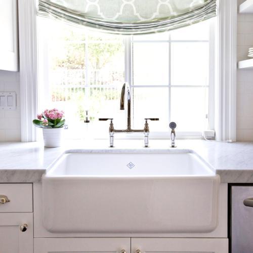 timeless kitchen design - farmhouse sink