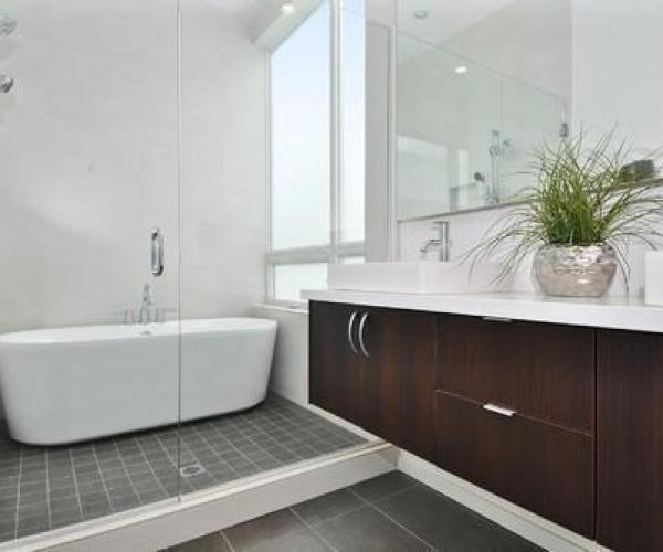 contemporary bathroom wet room design