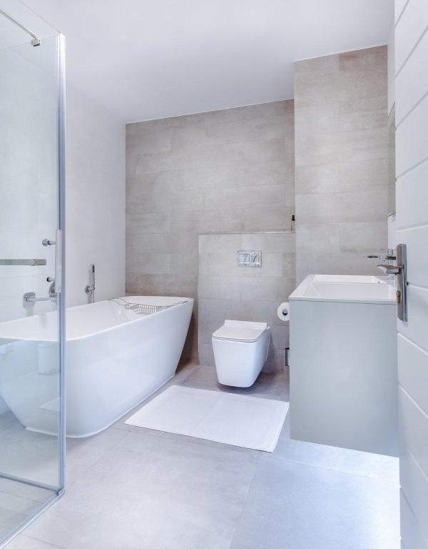 epoxy grout guide - modern bathroom design