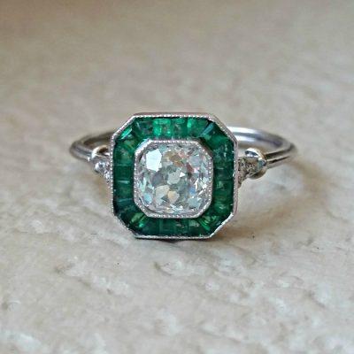 Art Deco Diamond & Emerald Ring