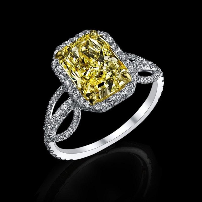 NEAR FLAWLESS SIBERIAN CANARY CZ DIAMOND RING